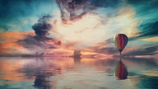 空と海と気球