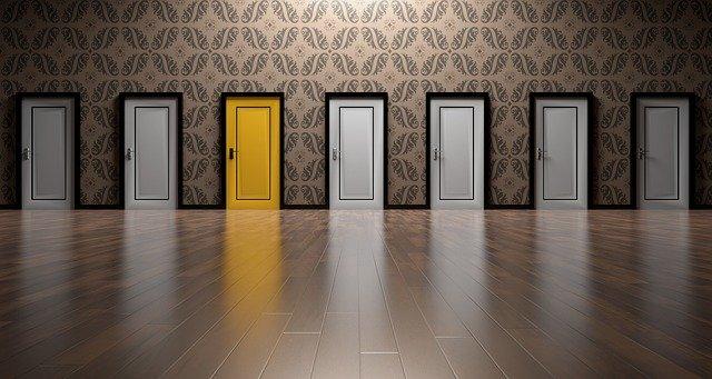 たくさんの扉