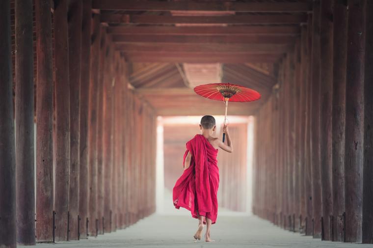 仏教徒の少年