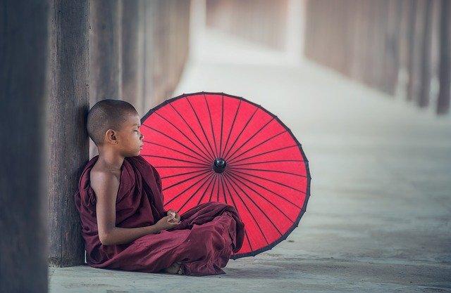 チベットの若い僧侶